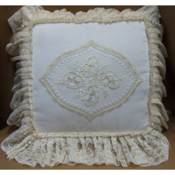 Cuscino lino rascel e ovale in macrame